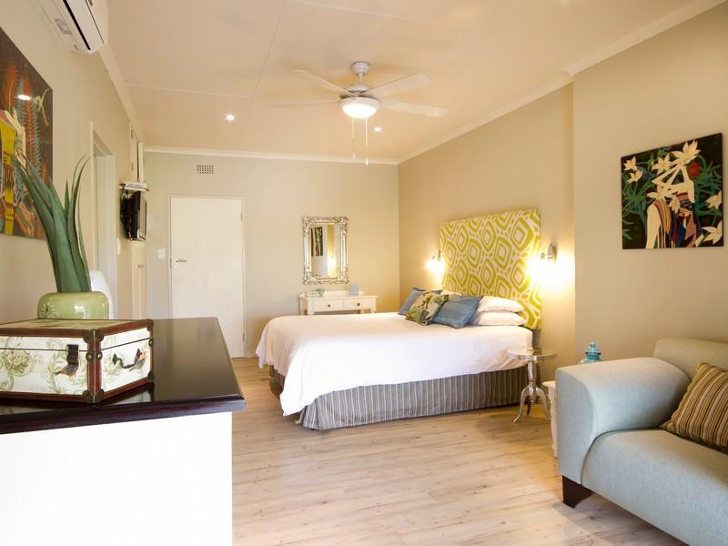 Standard Room 2 - La Roca Guesthouse